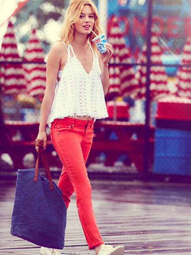 10-Patriotic-Outfit-Ideas-For-The-4th-Of-July-Or-Memorial-Day-4833-11