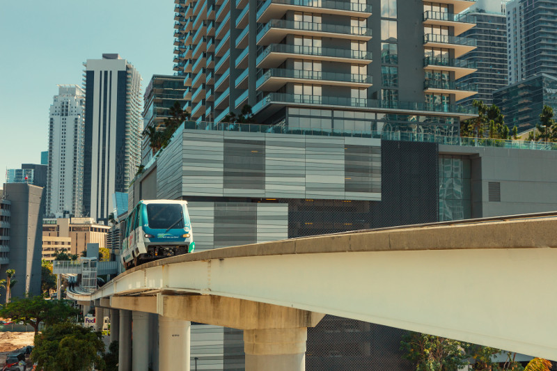 Downtown-Metromover-20180409-074